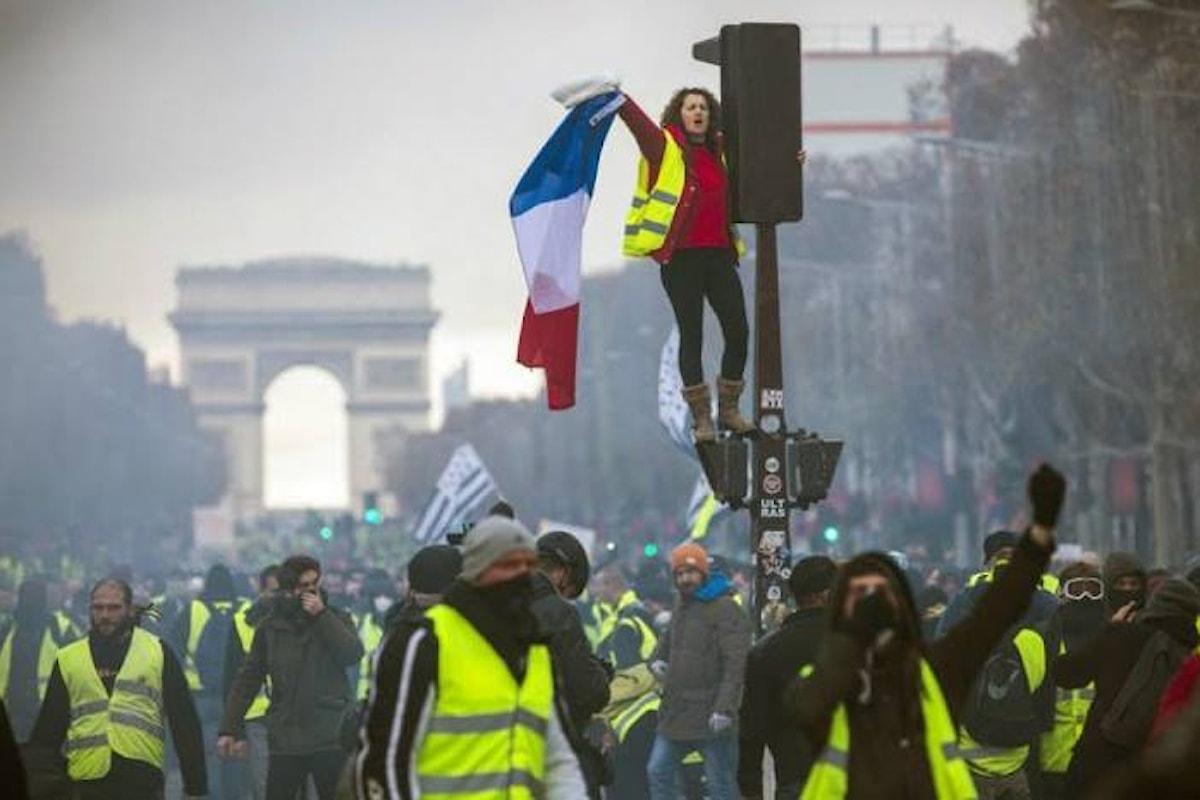 Anche il 12 gennaio i gilet gialli in piazza per la nona settimana di protesta