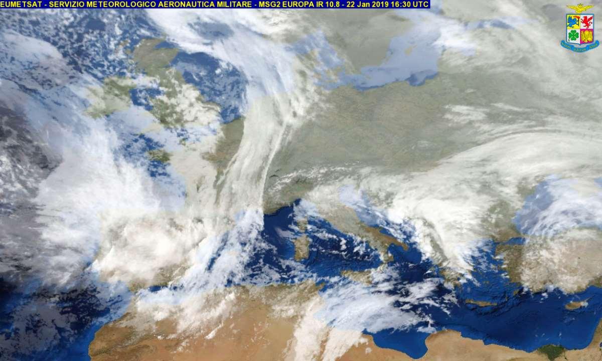 Medicane: nevicate abbondanti e venti oltre i 100 km/h con l'uragano mediterraneo