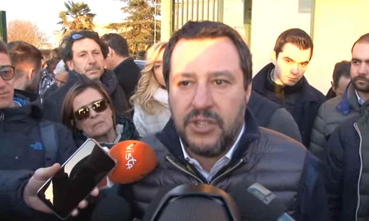 Ha cercato di assassinare un ladro, ma per Salvini è un eroe