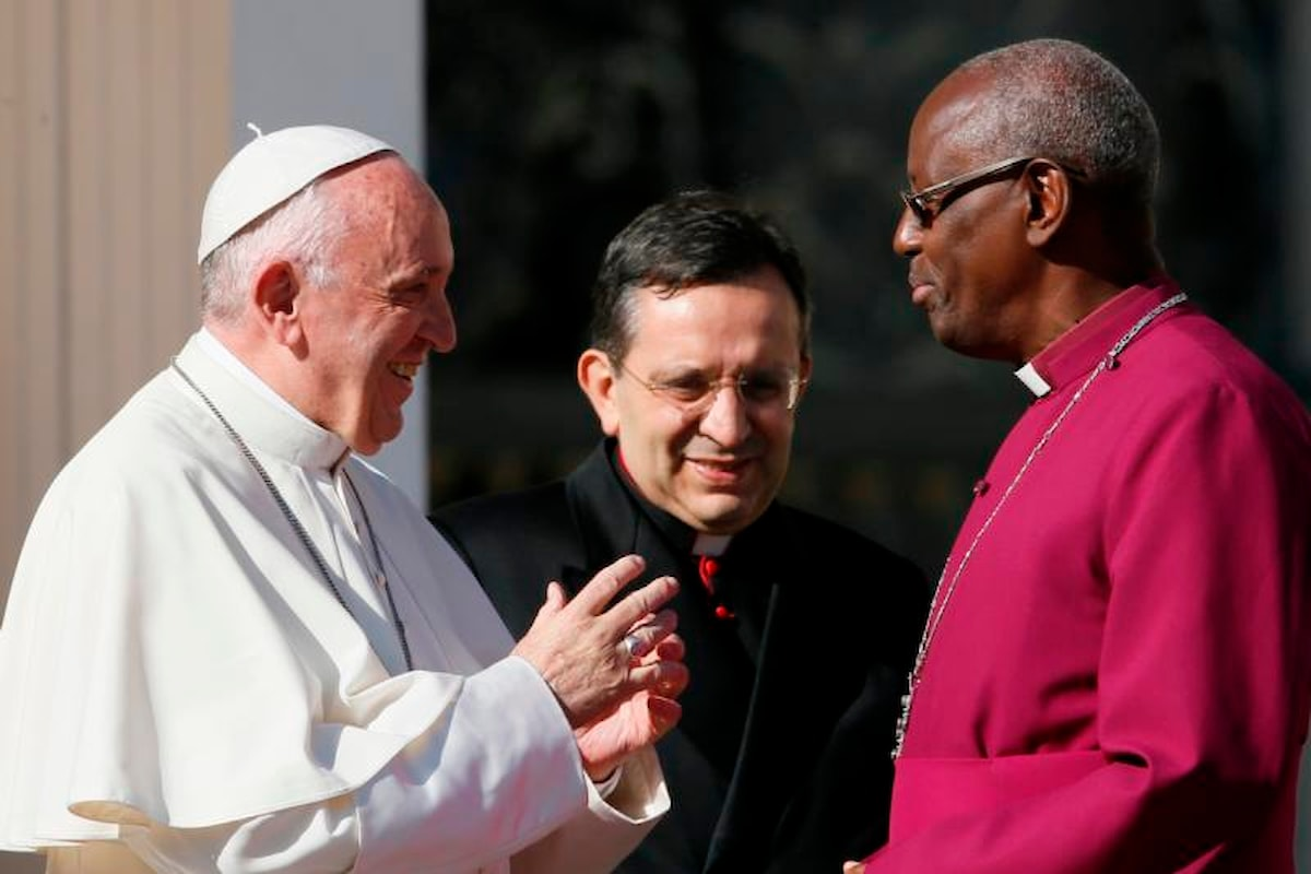 Anglicani sono preti cattolici con mogli e figli ma i preti sposati ancora discriminati