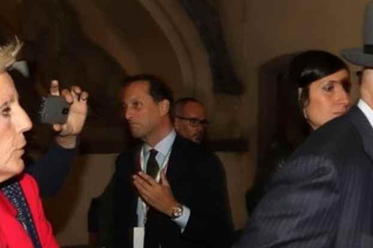 Confermati gli arresti domiciliari per i genitori di Matteo Renzi