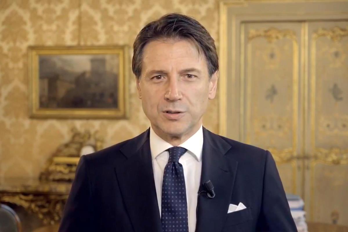 Conte invita i grillini a votare sulla piattaforma Rousseau sì al nuovo governo giallorosso