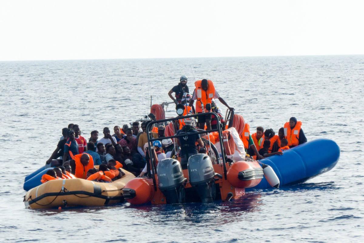 Sono adesso 182 i migranti salvati dalla Ocean Viking davanti alle coste della Libia