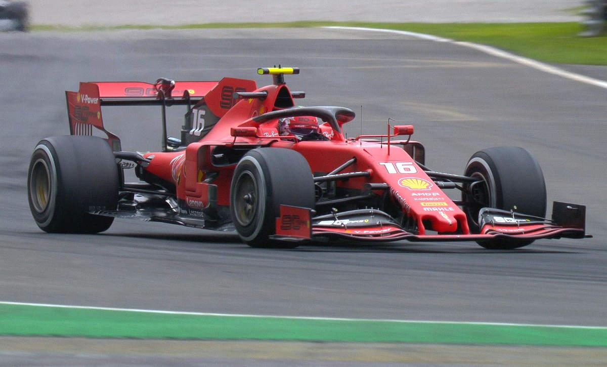Nelle qualifiche del venerdì a Monza, Leclerc è stato il più veloce in entrambe le sessioni