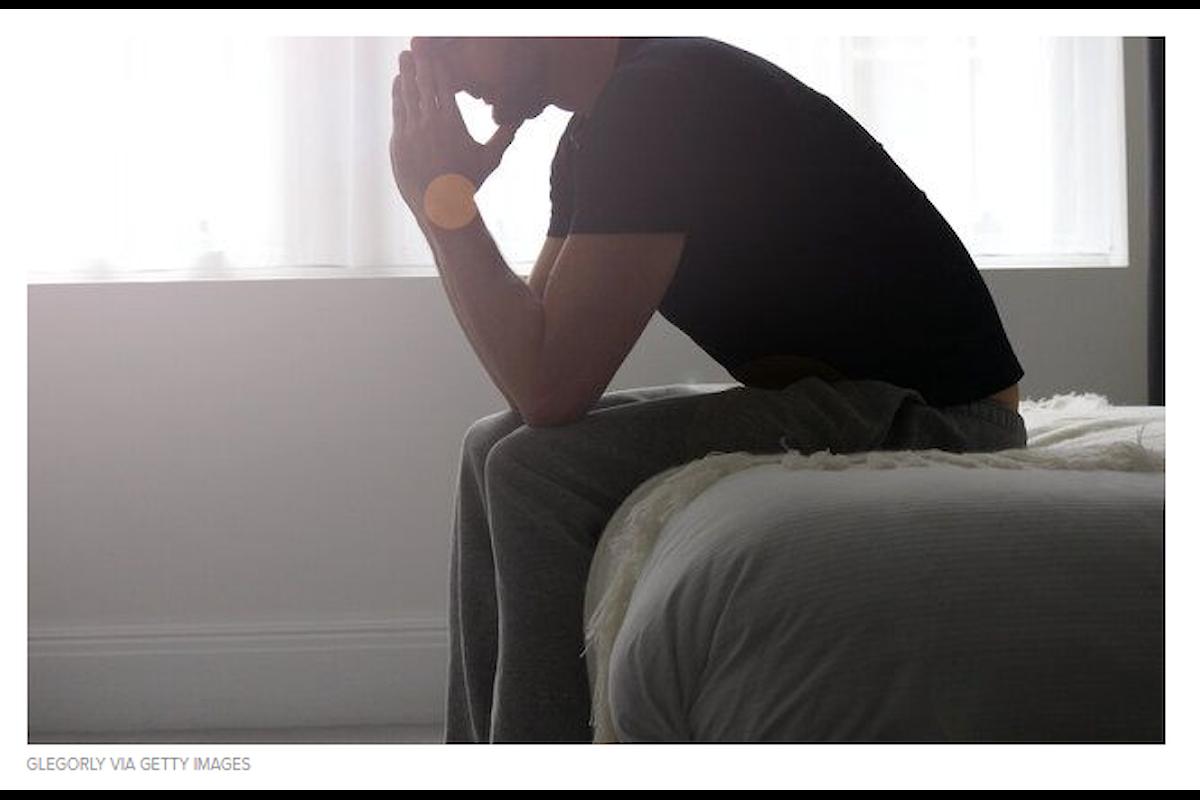 Abusi sessuali ai danni di un ragazzo gay da parte del patrigno