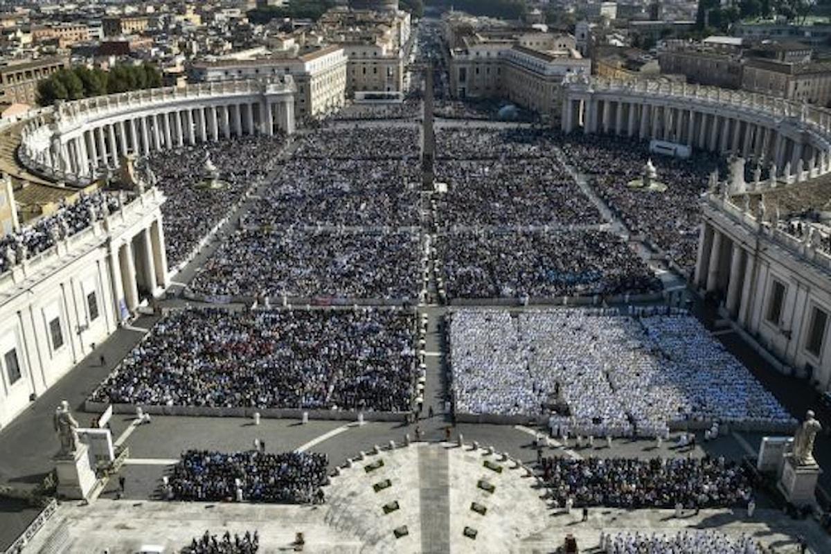 Sui preti sposati i consigli interessati di Ruini a Papa Francesco nell'intervista al Corriere