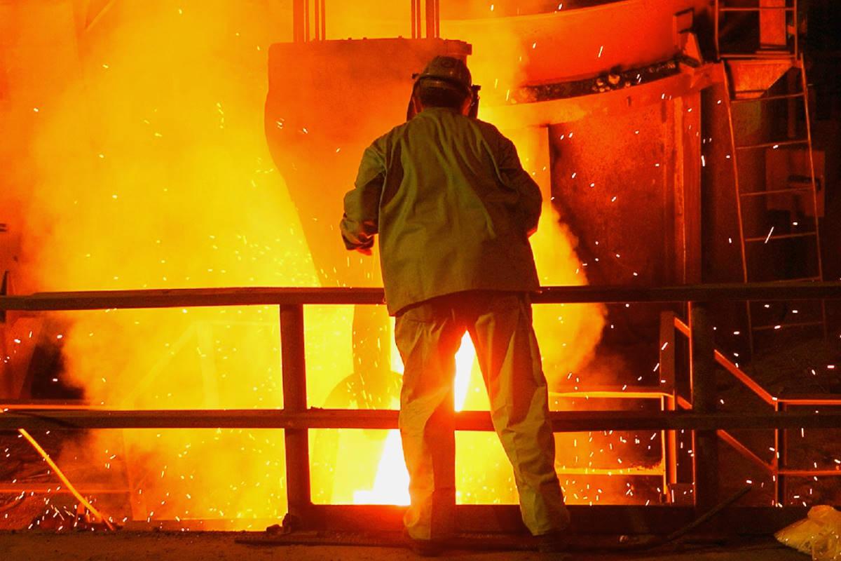 I commissari dell'ex Ilva depositano una denuncia contro ArcelorMittal anche a Taranto