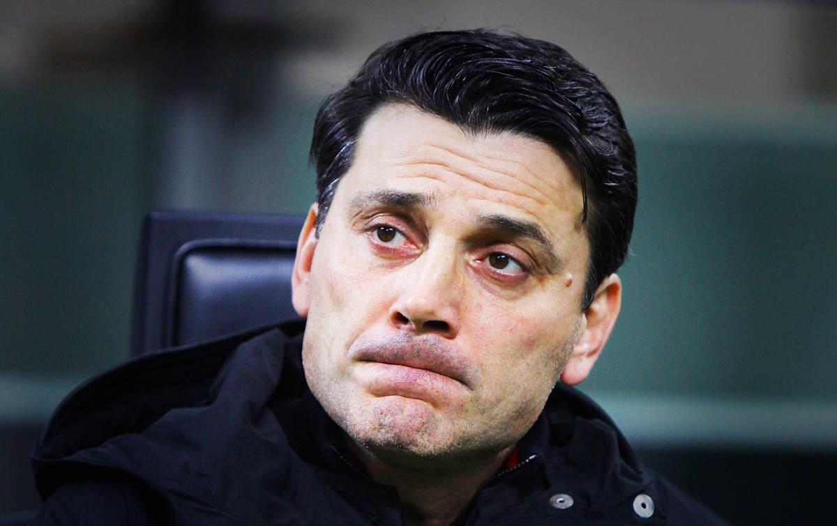 La Fiorentina esonera Vincenzo Montella dopo il pesante 1-4 casalingo contro la Roma