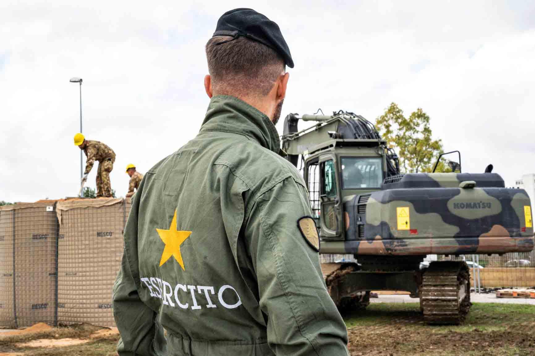 Brindisi: artificieri dell'Esercito portano a termine la neutralizzazione di una bomba d'aereo