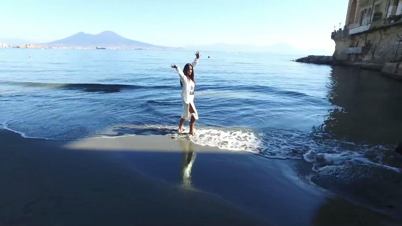 Napoli nel cuore: esce Vita Mia di Alessia Ciccone -Video mini tour Radiofonico & Tv