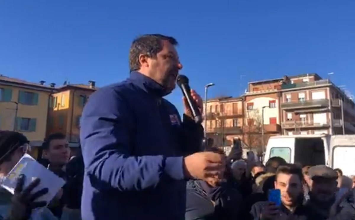 Rinviato il voto sulla vicenda Gregoretti: la maggioranza toglie una freccia alla propaganda di Salvini e lui si arrabbia