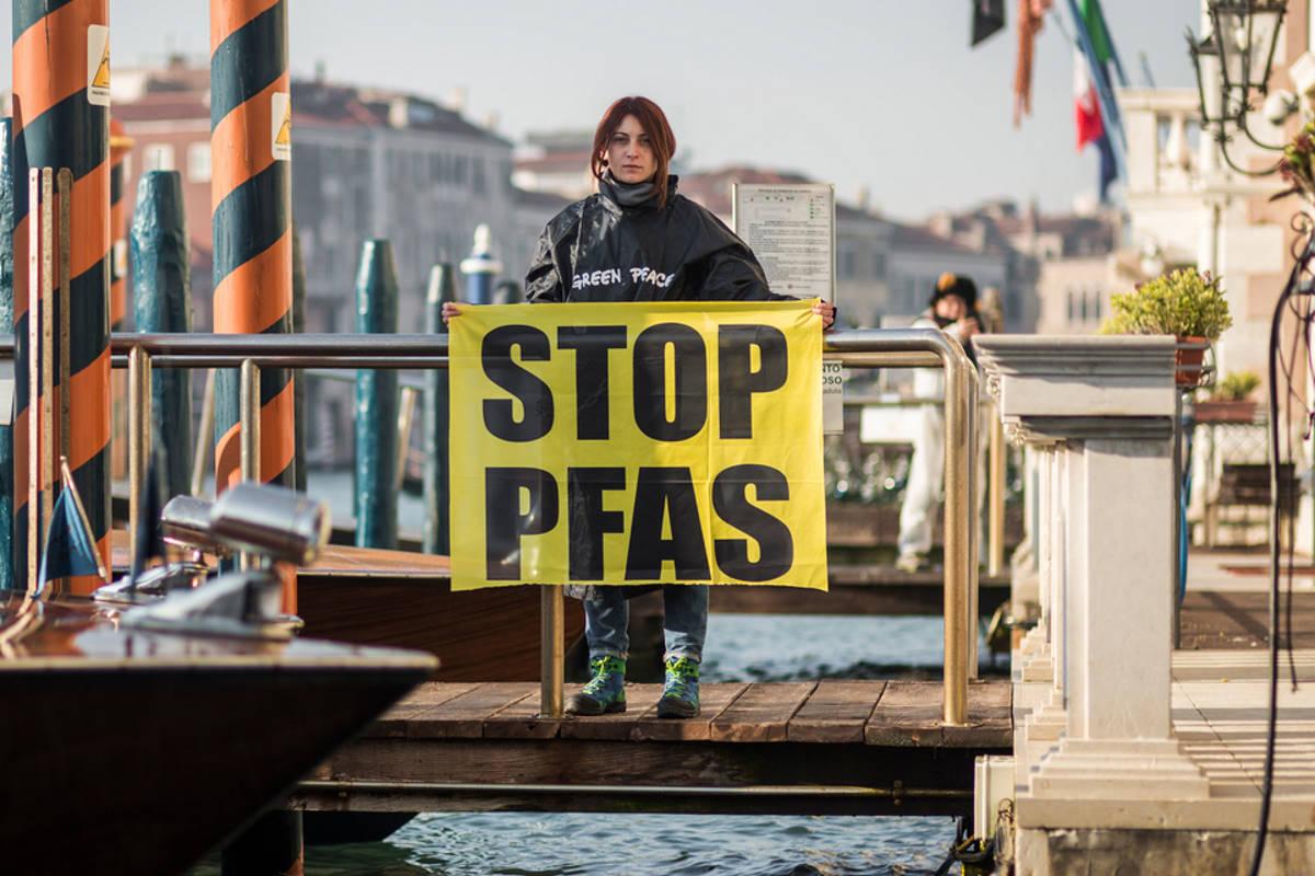 Pfas in Veneto: interferenti endocrini e smaltimenti dolosi e colposi... un disastro spesso non ascoltato