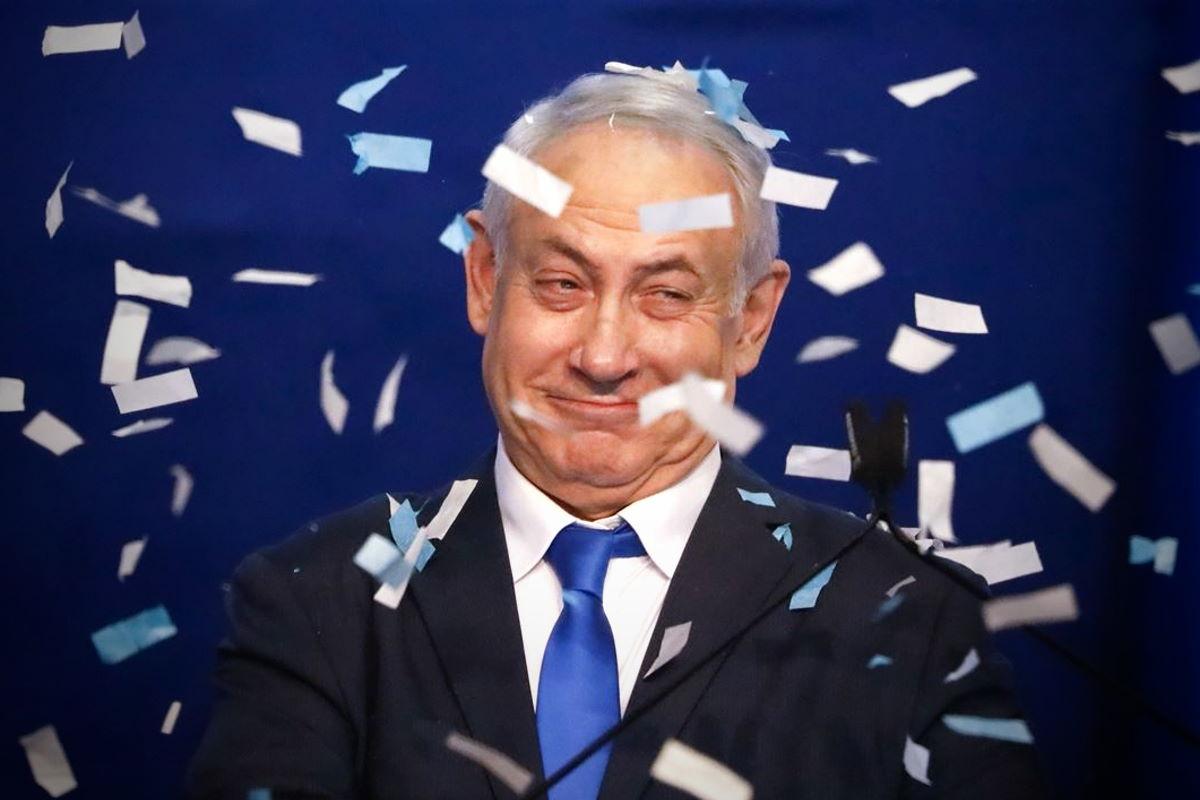 Israele, Netanyahu vince le elezioni e adesso sarà impegnato tra difendersi in tribunale e formare un governo