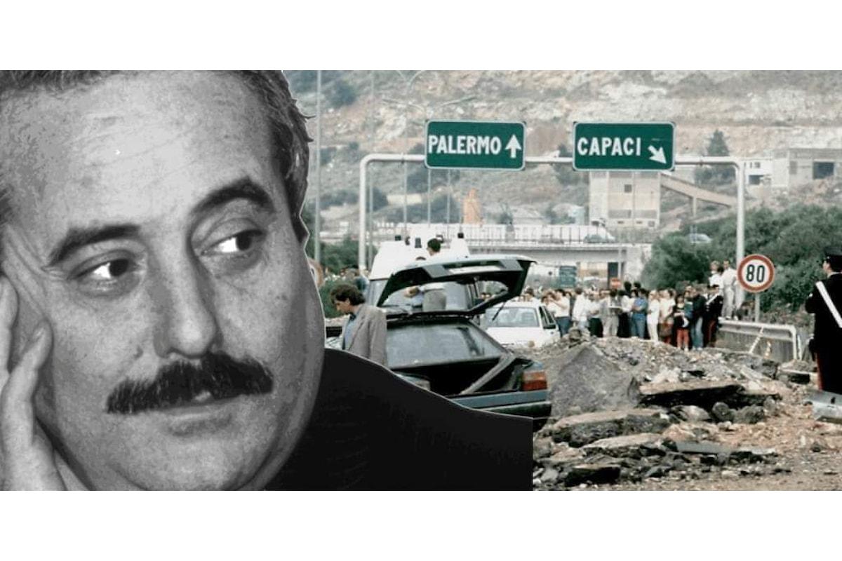Il ricordo di Giovanni Falcone e dei martiri di Capaci: un 23 maggio tra commozione della memoria, retorica formale ed ipocrisie del passato e del presente