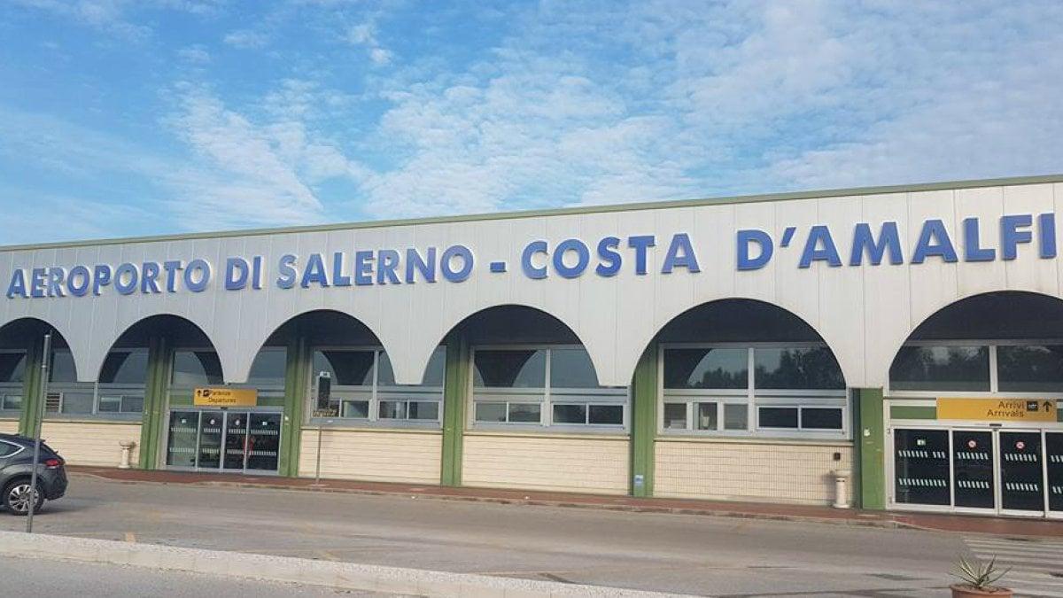 La sentenza integrale con cui il TAR ha annullato i decreti che sancivano la compatibilità ambientale ed urbanistica del Master Plan dell'Aeroporto di Salerno