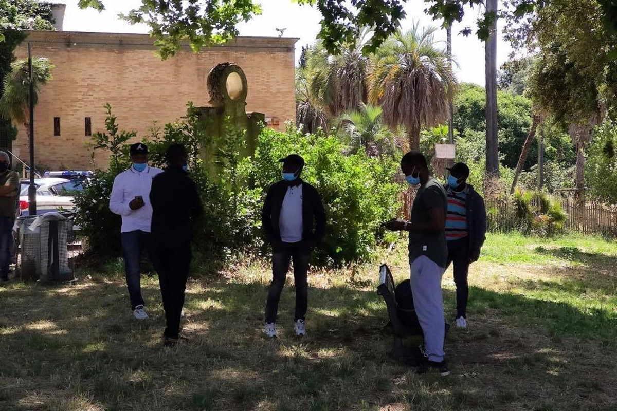 La protesta di Aboubakar Soumahoro agli Stati Generali