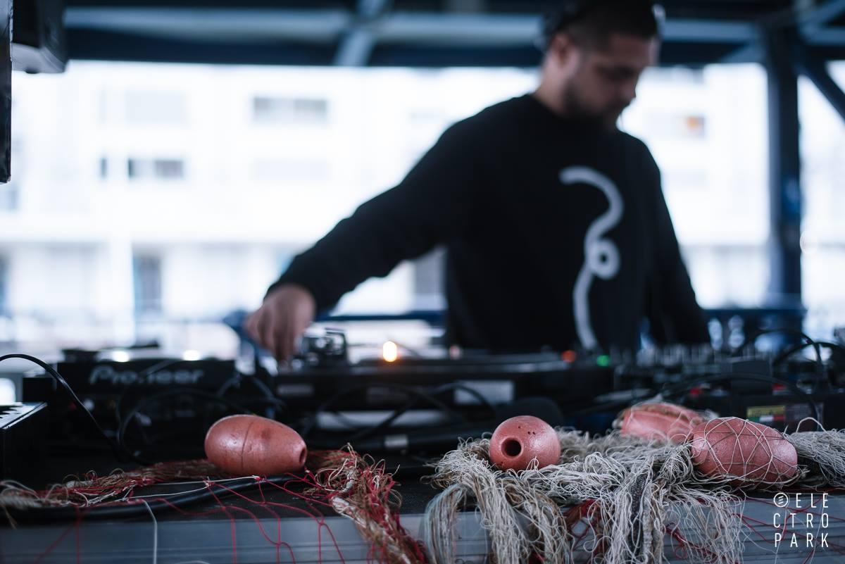 Musica elettronica e frittura di pesce: torna Fish & Djs al Mercato dei Pescatori della Darsena di Genova