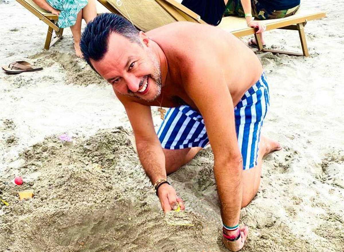 Salvini ormai fa tutto da solo... smentendo anche se stesso!