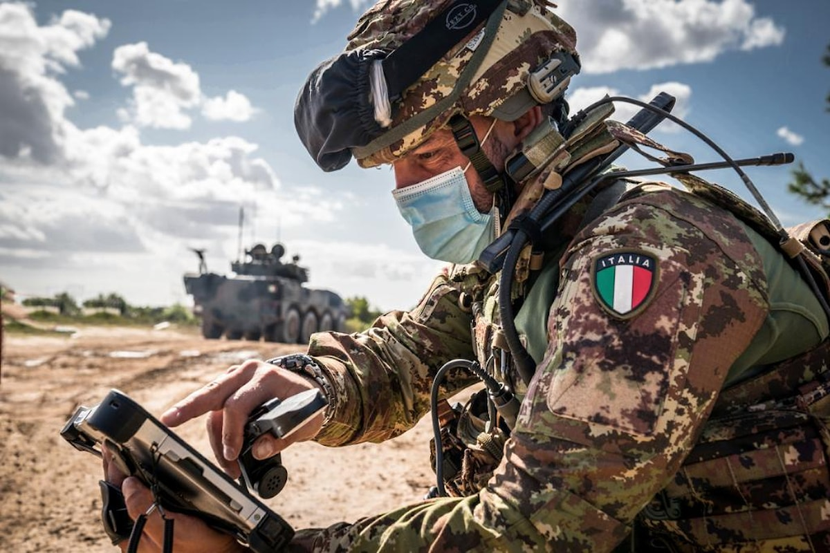 Lecce: i militari della Brigata Pinerolo in addestramento per la SIO 2020 ricevono visita Capo di Stato Maggiore dell'Esercito