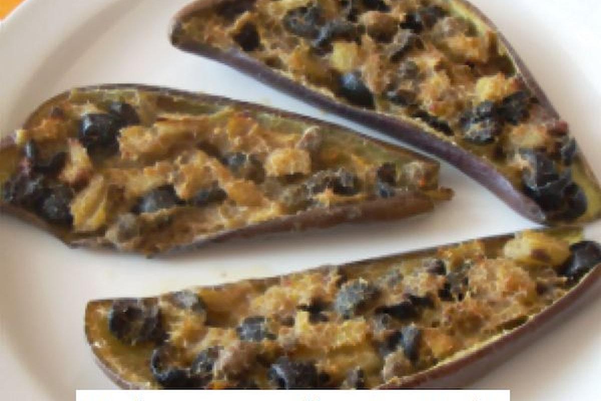 Piatto della cucina calabrese con preparazione e ingredienti: Melanzane all'acciuga