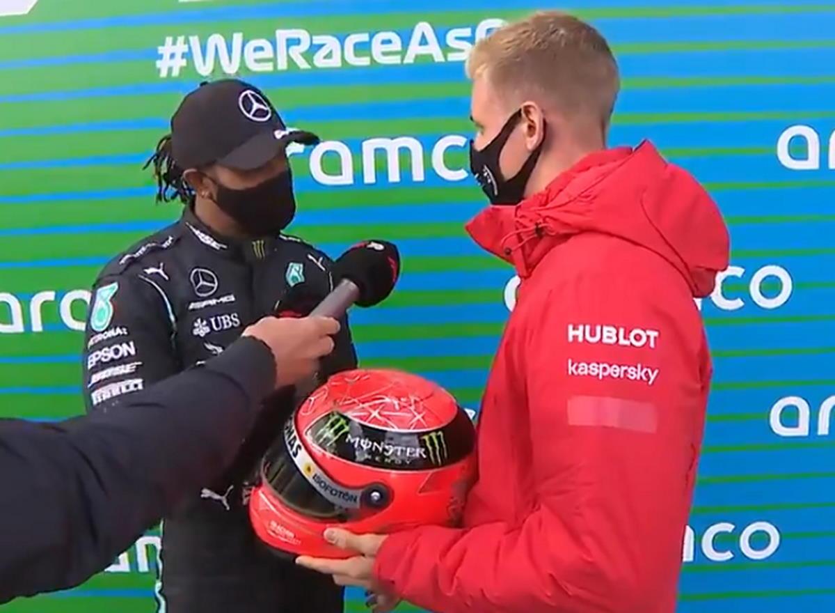 Formula 1, al Nurburgring Hamilton conquista il suo 91° gran premio ed eguaglia il record di Schumacher