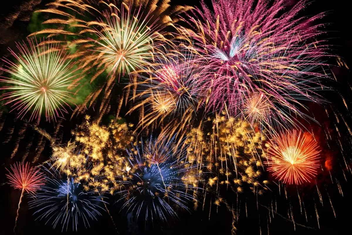 Da Jaywork Music Group New Year's Day e un messaggio di auguri musicali
