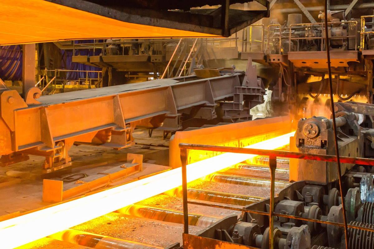 Accordo Invitalia ArcelorMittal: torna un mezzo acciaio di Stato