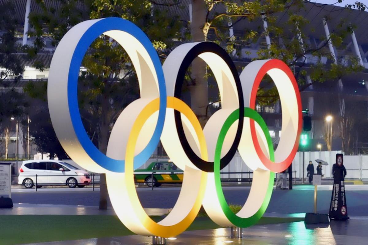 Grazie al governo gialloverde, gli italiani rischiano di gareggiare senza bandiera alle prossime Olimpiadi di Tokyo