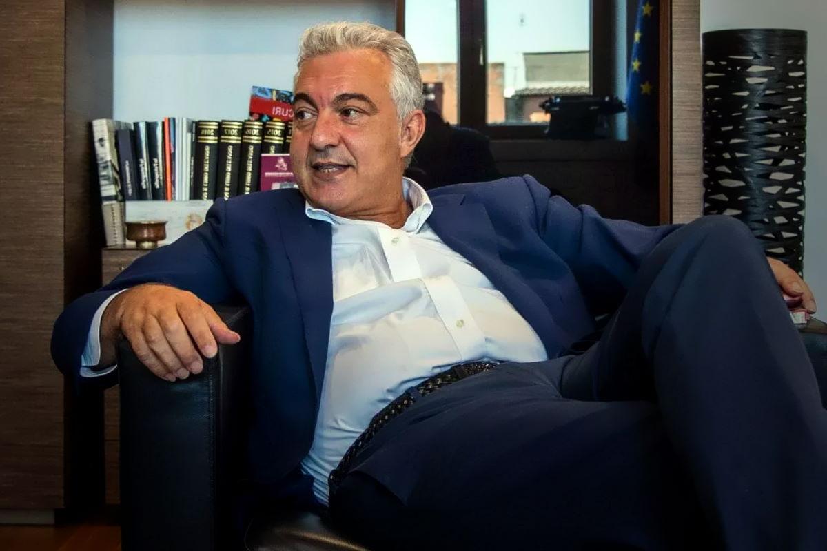 L'Associazione Luca Coscioni chiede al Governo di risolvere il conflitto d'interessi che grava sul commissario Arcuri