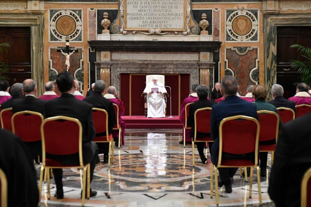 Papa Francesco: chi non riconosce il Concilio è fuori dalla Chiesa