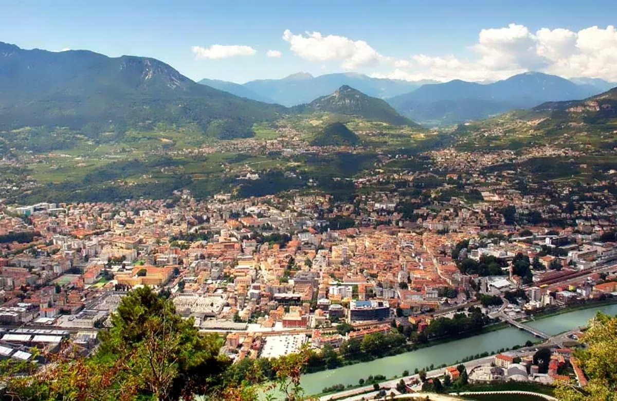 Covid: dall'8 febbraio 3 settimane di lockdown per l'Alto Adige