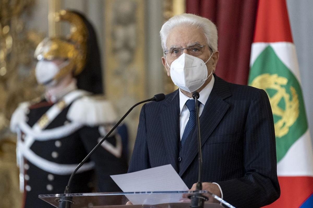 Firmato dal presidente Mattarella il decreto per il rinvio delle elezioni amministrative italiane