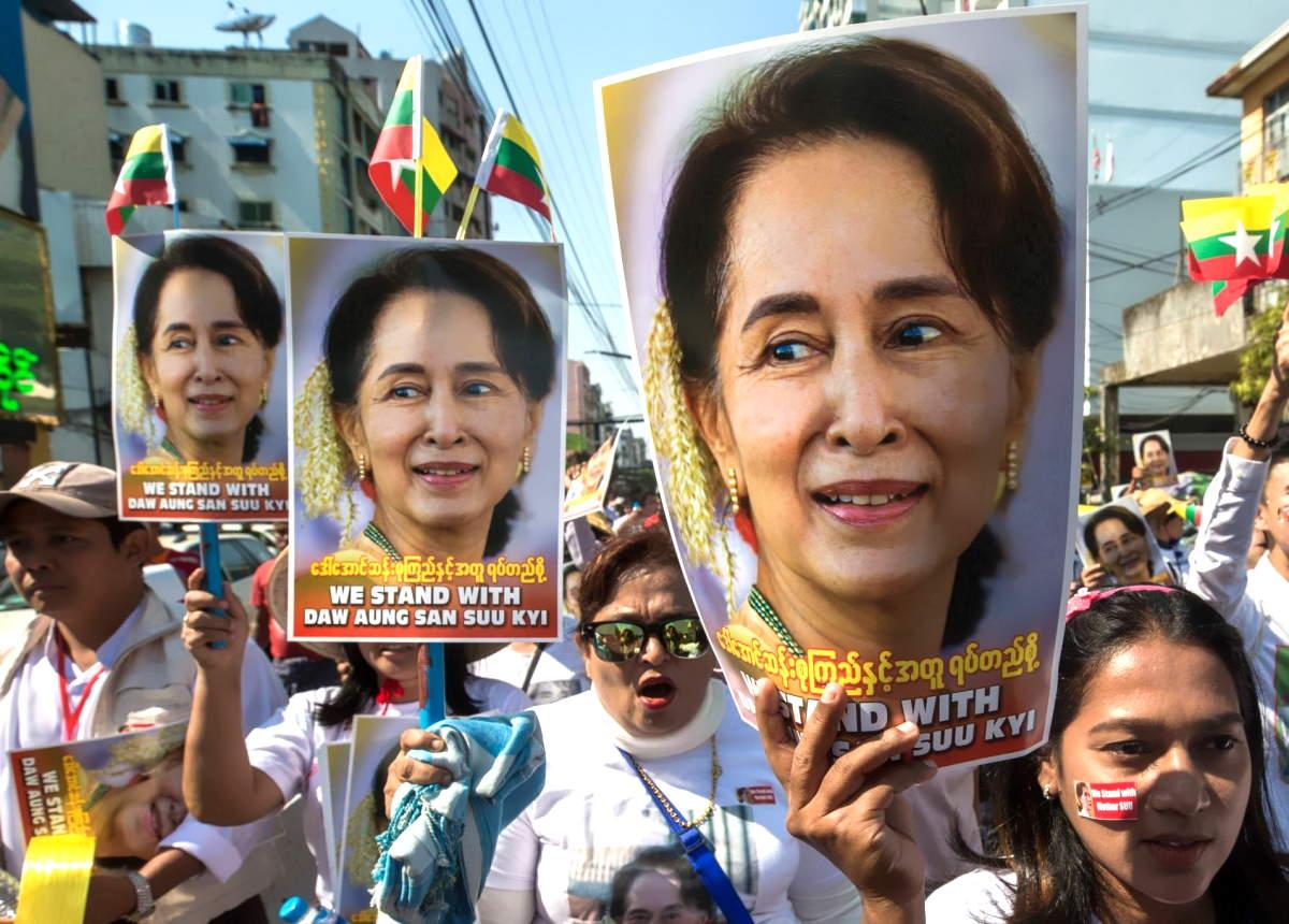 Myanmar, i militari adesso accusano Aung San Suu Kyi anche di corruzione