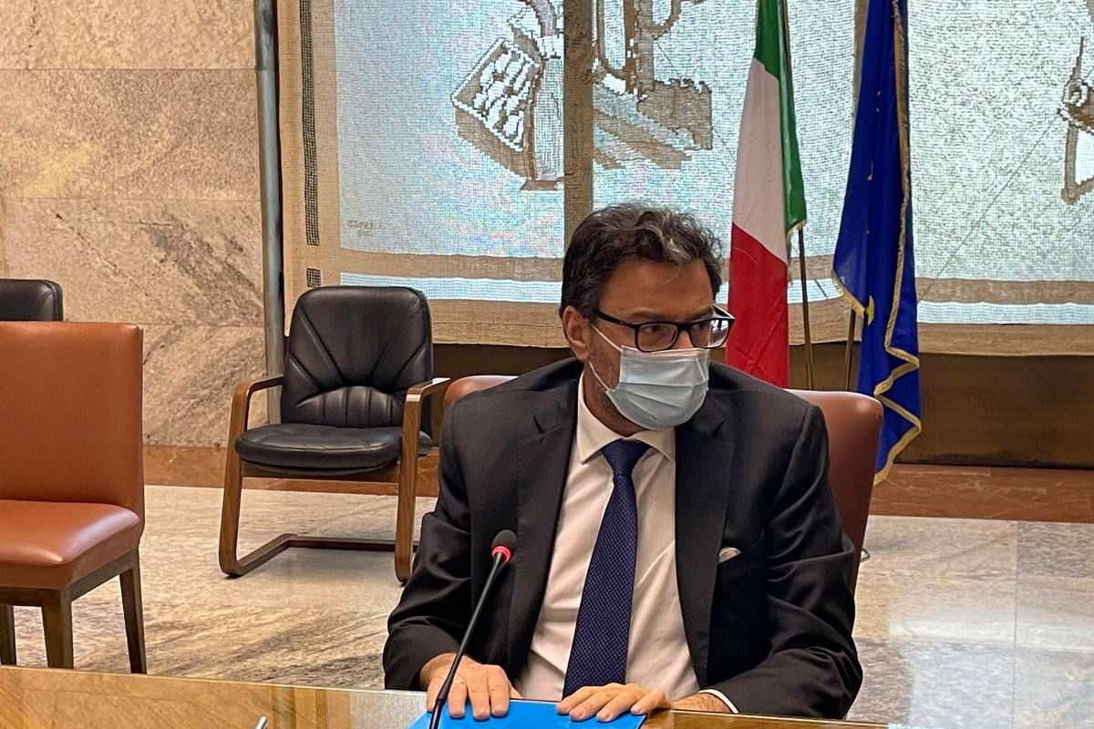 Le incertezze sul futuro di Alitalia preoccupano sindacati e lavoratori