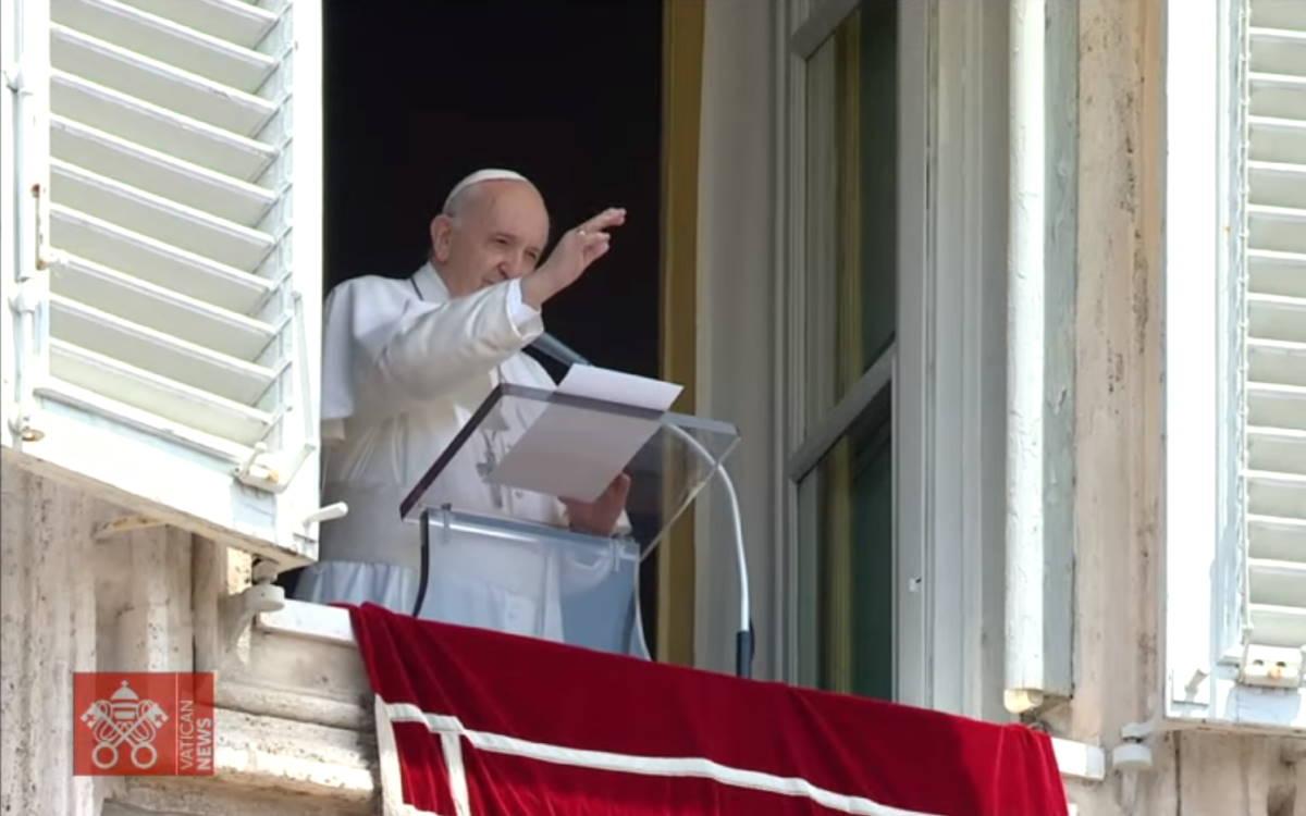 All'Angelus il Papa conferma il viaggio apostolico in Ungheria e Slovacchia per il prossimo settembre
