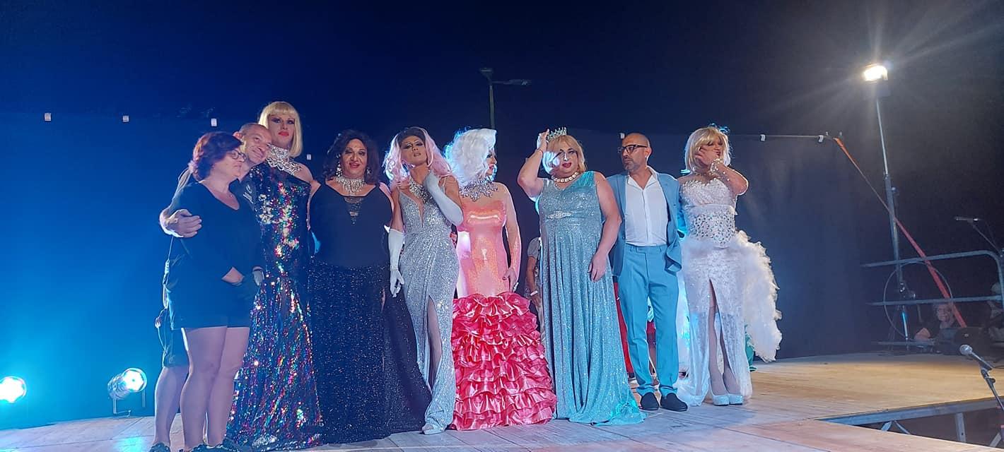 """Grande successo di pubblico per la 2ª edizione del concorso """"Drag Superstar"""" a Francavilla al Mare"""