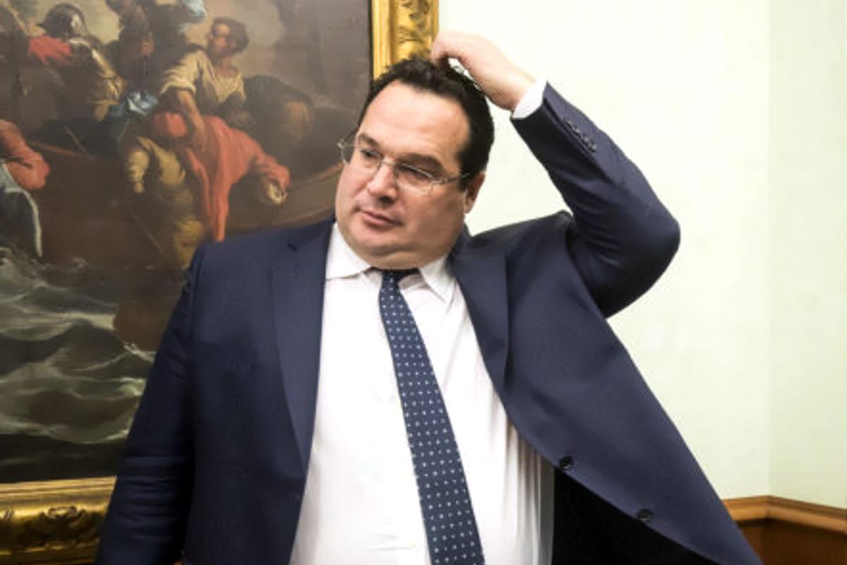Durigon si è dimesso, Salvini ha perso la sua battaglia nel Governo contro 5 Stelle e Pd