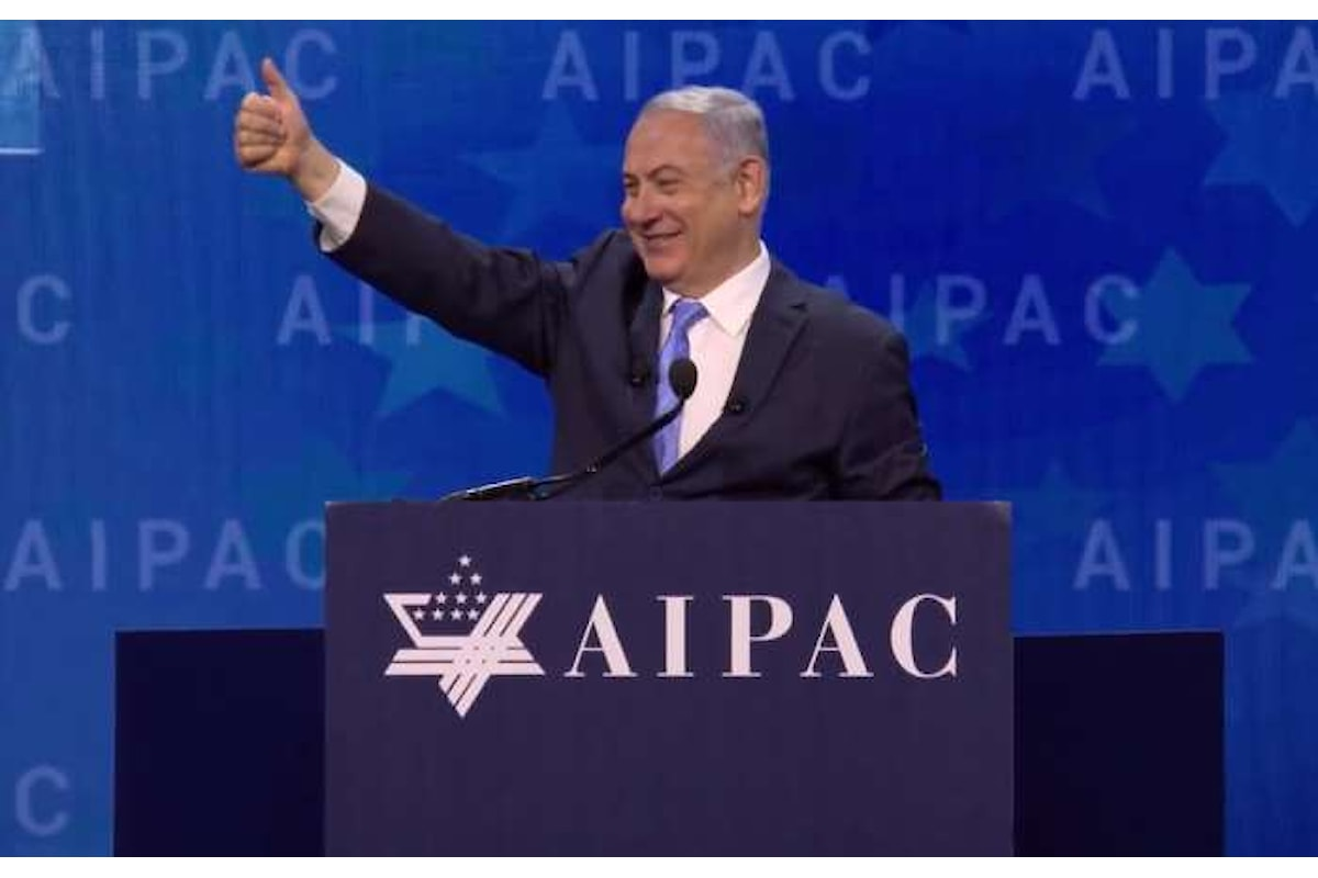 Netanyahu, corrotto in patria, osannato in America