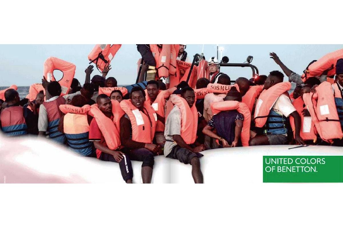 """Benetton, spot con i migranti sul barcone. Salvini: """"Squallida"""". E la ong si dissocia: """"Tragedia utilizzata a fini commerciali"""""""