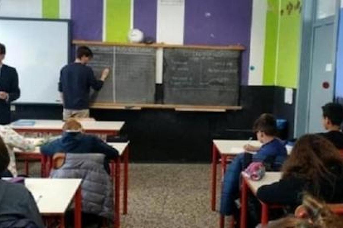 Il Pd fa lezioni di ius soli ai bambini delle medie, bufera della Lega
