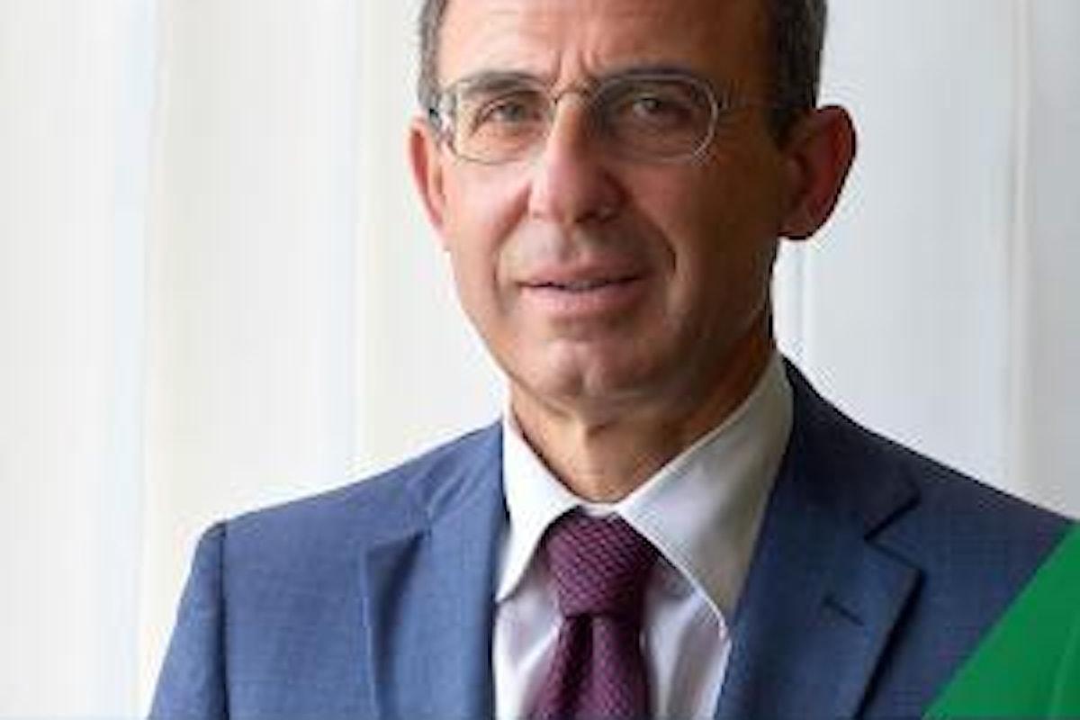 Costa il ministro detective: sorprende diportisti e chiama la Guardia Costiera, succede in Cilento