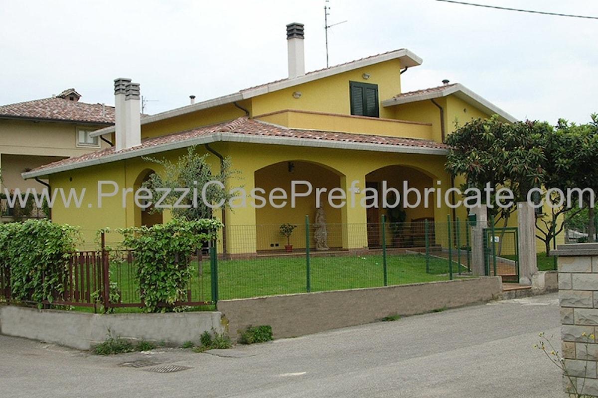 Casa prefabbricata in cemento armato costruita a Bastia Umbra, Perugia