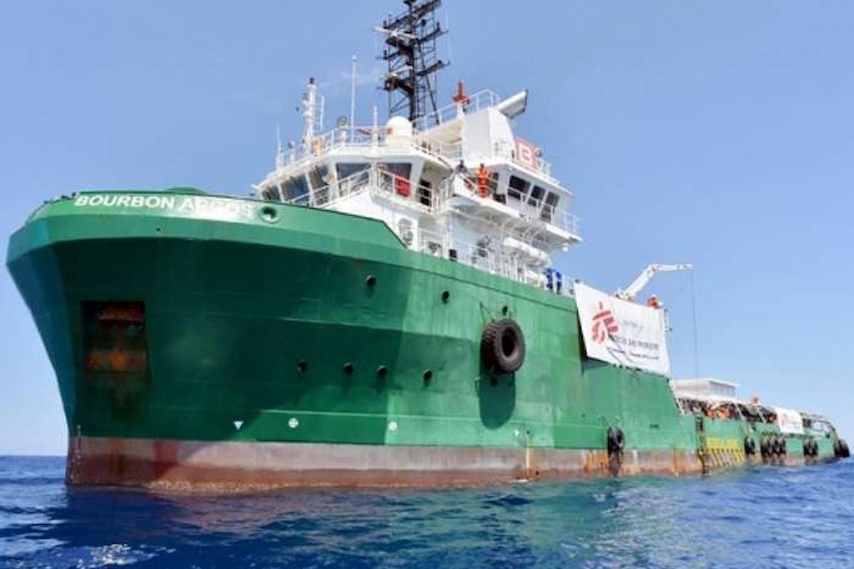 Al Viminale l'accettazione del codice di condotta delle ONG che operano in Mediterraneo è un flop: su otto firmano solo in due