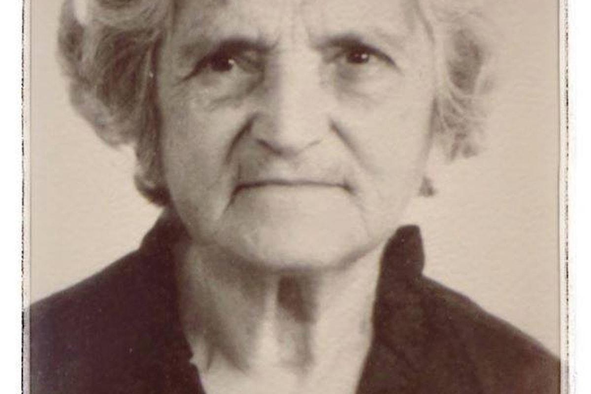 Diciotto anni fa moriva a Locri Maria Strangio Papandrea, la prima ostetrica calabrese diplomata alla Sapienza di Roma.