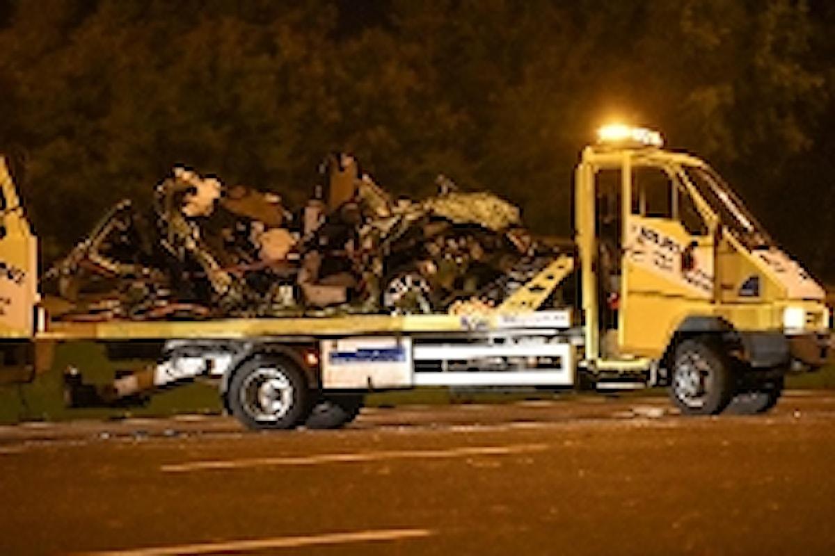 TIR TRAVOLGE AUTO - Ubriaco, non si accorge neppure di aver provocato l'incidente in cui sono decedute due persone.