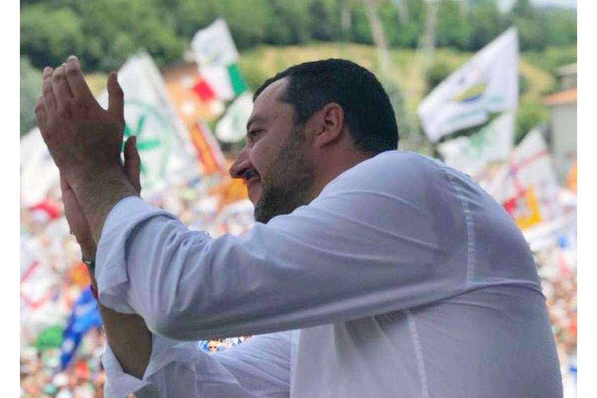 A Pontida Salvini elenca i risultati ottenuti dalla Lega in un mese di governo