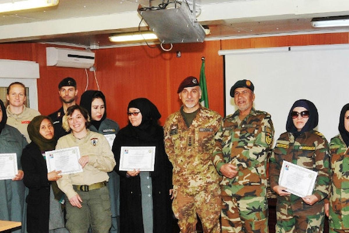 Afghanistan, militari italiani addestrano 9 istruttrici per lotta contro ordigni esplosivi