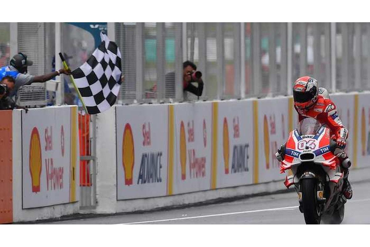 MotoGP 2016. A Sepang vince Dovizioso, Rossi è secondo, anche nel mondiale