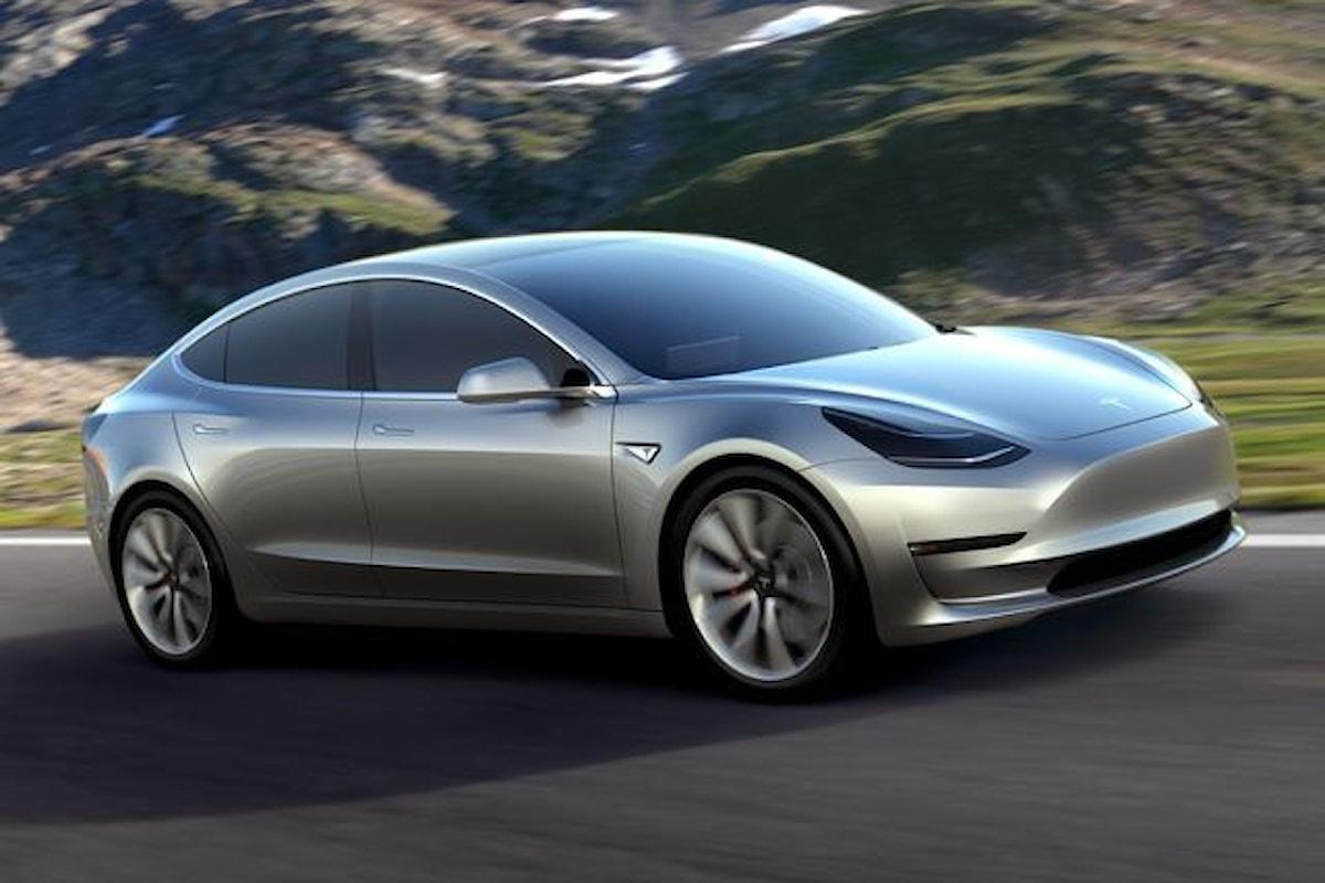 Successo incredibile per la Tesla Model 3!