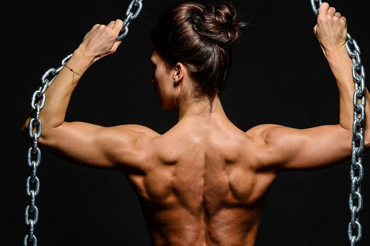 Come aprire le spalle allenandole a dovere